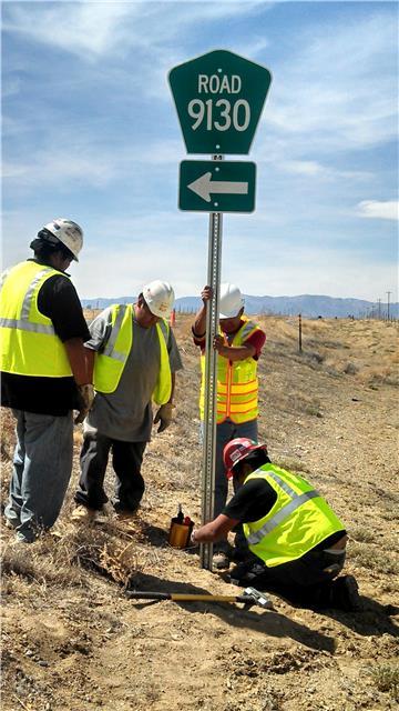 Sign Installation in San Juan County